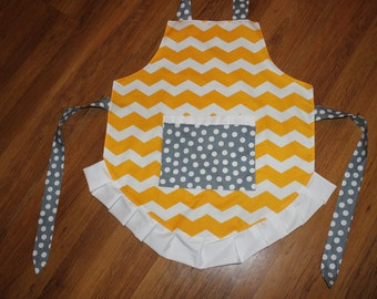 Shabby Chic Ruffle Apron (one size fits most)