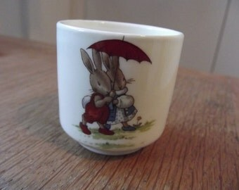 Royal Doulton Bunnkins egg cup perfect condition