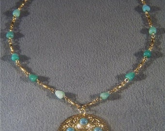 Vintage Gold tone faux turquoise bead pendant lavaliere necklace Jewelry **RL