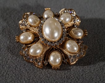 Vintage Art Deco Style Yellow Gold Tone Faux Pearl Rhinestone Oval Pin Brooch Jewelry     K#62