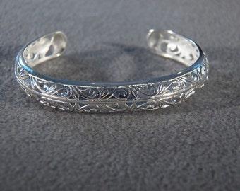 Vintage Sterling Silver Swirled Scrolled Etched Fancy Filigree Cuff Bangle Bracelet    **RL