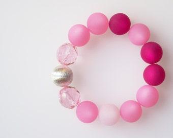 rose bracelet rose quartz magenta pink polaris pearls bracelet with bohemian glass