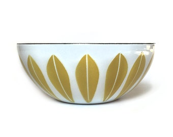Vintage Cathrineholm Mustard Wheat on White 5.5 Inch Lotus Enamel Bowl Mid Century Modern Norway
