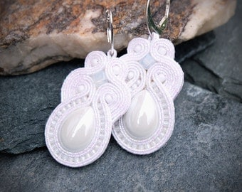 White Soutache Earrings-White Retro Earrings-Retro Jewelry-Beaded Earrings-Elegant Dangle Earrings-Weddings Earrings-Bridesmaids Earrings
