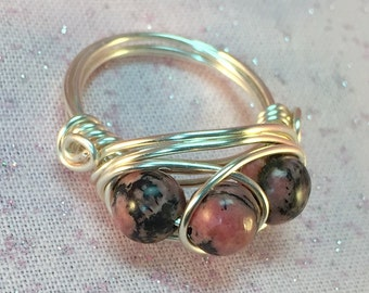 Rhodonite Wire Wrapped Ring| Pink and Black Wire Wrapped Ring| Three Stone Ring| Semi Precious Stone Ring| Natural Gemstone Ring