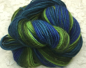 Hand dyed Blue faced leicester wool 210 yards sport wt Hummingbird great adirondack