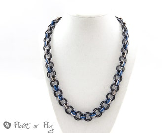 Helm Chain Maille Necklace - Black and blue