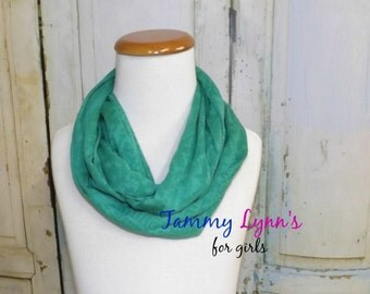 New!!  Girls Kelly Green Burnout Solid Cotton Thin Scarf Jersey Knit Infinity Scarf Women's Accessories