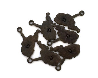 2x Antique Brass / Brown Patina Blank West Virginia State Charms w/ Hearts - M073/H/AB-WV