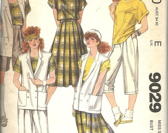 McCall's 9029   Misses Vest, Top, Skirt, Pants or Shorts    Size 14  C1984
