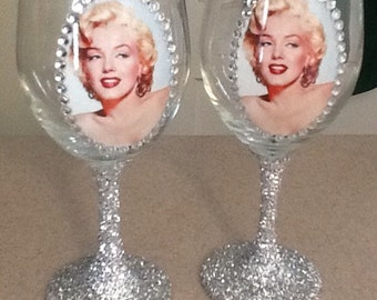 Starlet wineglass..13.95 each glass..individual listing..rhinestone and glitter wineglass..birthday gift..Hollywood glam wine glass