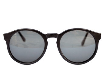 Mirage Comfort Sunglasses. Round style. Made in Italy. NEW OLD STOCK 80s. Refurbished