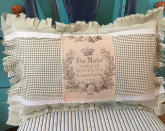 Shabby Chic accent pillow