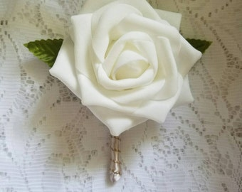 White and rose gold boutonnieres, silk rose gold boutonnieres, wedding boutonniere, homecoming boutonniere, white boutonniere