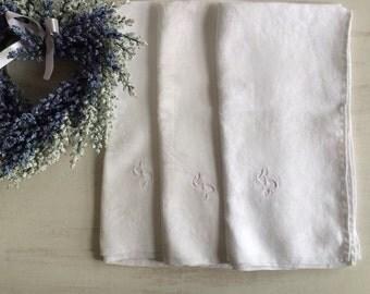 """3 Large White Linen Dinner Napkins With """"S"""" Monogram"""