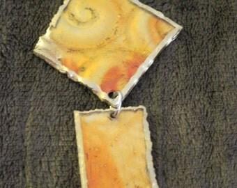 Yellow/orange pendant with gold trim