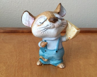 Mouse with Cheese - Homco Japan Figurine - # 5601