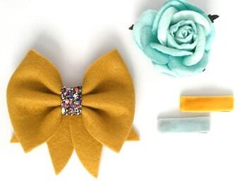 The Vera// Festive// Wool bow // Multi glitter accents