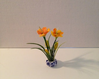 Dollhouse Miniatures, Lilies Flowers in the Pot