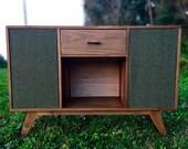 Mid Century Record Console || Retro Vinyl Cabinet