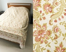 Vintage 60s Double Bed Throw | Bed Cover | Vintage Bedding | Bed Linen | Bedding | Floral Tapestry with Tassels | Bed Spread | 60s Decor.
