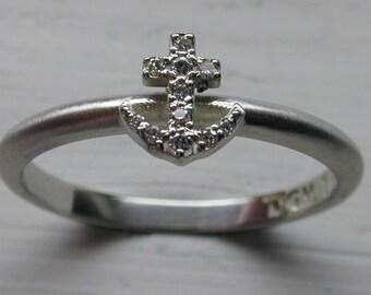 Diamond Anchor Ring in 14kt