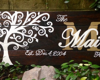 Wood Sign, Reclaimed Wood Sign, Family/Name Established Sign with Tree