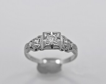 Antique Engagement Ring .18ct. Diamond & 18K White Gold Art Deco - J35619