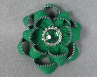 Zipper Flower Brooch - Green Flower Pin, Upcycled, Recycled, Repurposed, Zipper Jewelry, Zipper Pin, Zipper Brooch, Zipper Art