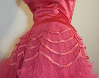 FREE  SHIPPING   1950 Strapless Tulle Party Dress