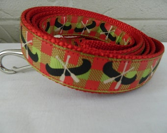 Canoes on Red and Green Plaid Dog Leash