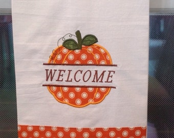 Fall Pumpkin Welcome.  T-0103