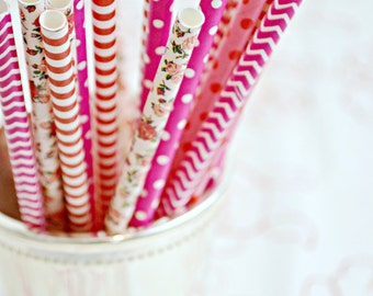 LOVE NOTES *Valentines Party Decor *Paper Straws -Pink Straws -Hot Pink Straws -Heart Straws -Red Straws *Valentine gift -Pink and Red Party