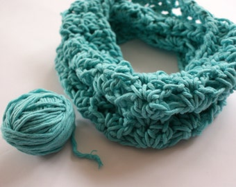 Crochet Scarf toddler girl, infinity baby scarf, girls blue scarf, girls scarf crochet