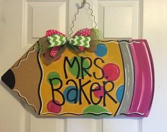 Pencil door hanger, teacher gift, classroom door hanger, back to school door hanger, classroom wreath, teacher door hanger, teacher wreath