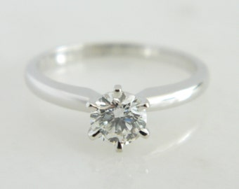 Beautiful 14K White Gold Diamond Solitaire Engagement Ring