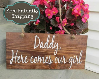 Daddy here Comes mommy - Ring Bearer - Here comes the bride Sign - Here comes mommy - Daddy here comes our girl - uncle sign - rustic decor