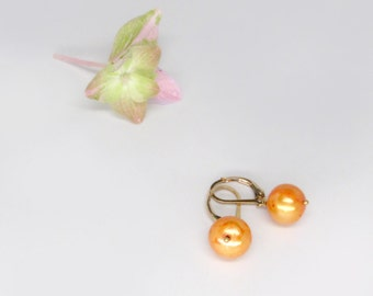 orange pearl earrings, round orange pearl earrings with gold lever backs, gold pearl earrings, June birthstone earrings, orange earrings