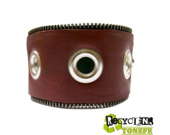 Beautiful red leather handmade zipper bracelet.
