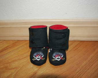 Baby/toddler stay on, non slip wrap around shoes/booties with pirates for boy or girl