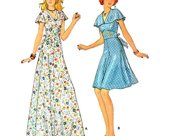 McCall's Sewing Pattern 4392 Misses Dress  Size:  10  Uncut