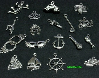Lot of 18pcs Antique Silver Tone Metal Charms. #chc100.