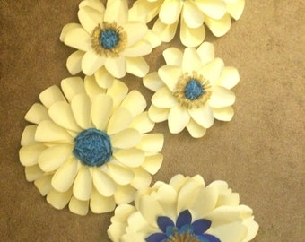 Paper flower set of 5