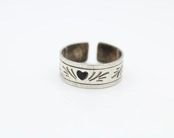 Vintage Sterling Silver Enameled Heart Ring Sz 9 Adjustable. [6523]