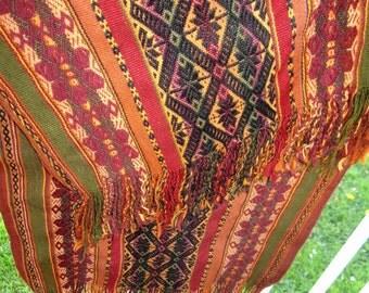 100% Alpaca Hand Woven Natural Dyes Peruvian Shawl