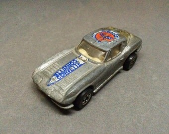 Vintage Chevy Corvette Stingray Hot Wheels 1963 Split Window Silver Diecast Chevrolet