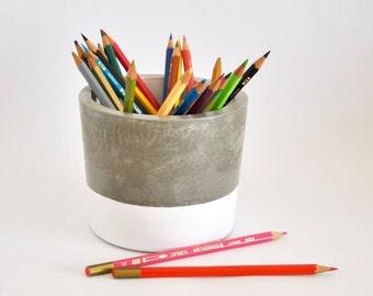 Pen, concrete, cement, XL. Cement pen.