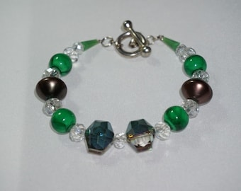 Chunky,  Lightweight,   Crystal and Green,  Toggle and Clasp,  Bracelet,   Handcrafted Jewelry,  Ready To Ship