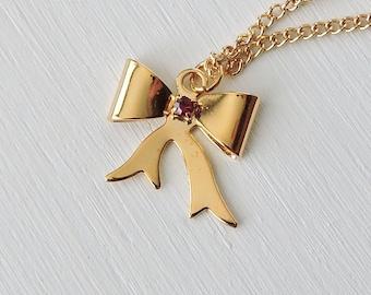 Vintage Bow Necklace, Red Rhinestone Bow Pendant, Ribbon Bow Pendant Necklace, Gold Tone Bow, Faux Ruby Gem, July Birthstone Necklace