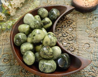 Chytha (serpentine with spots of jade) - A Stone for Balance
